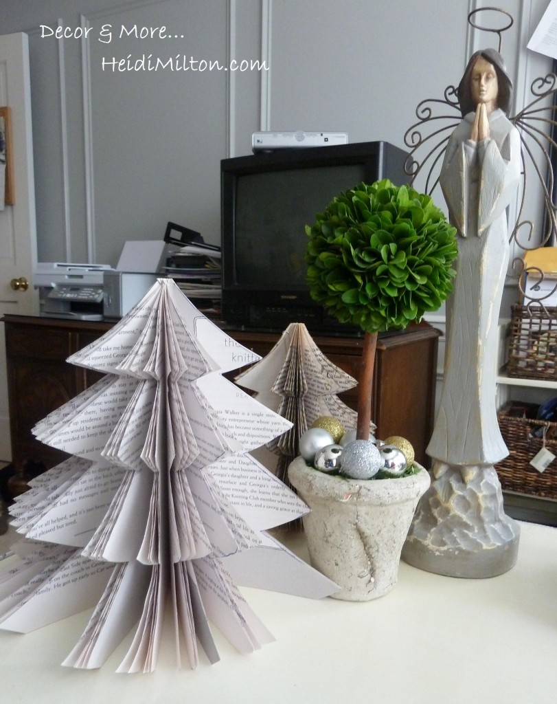 Easy Office Capsules Italian Coffee Machine: Book Page Christmas Tree {Easy DIY}